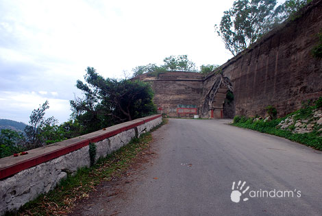 Entrance of the fort at Nandi Hills (Nandidurg), Chikkaballapur.